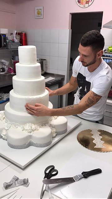 svadobna_torta J_M_11