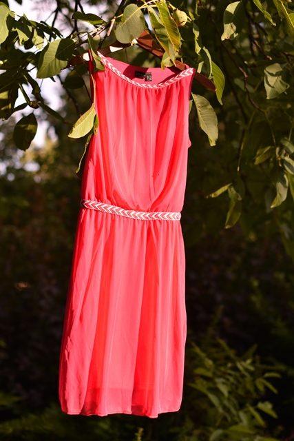 šaty Bonprix cyklaménové 1