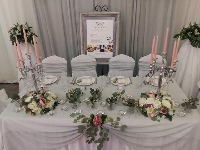 hlavny svadobny stol v7nebi