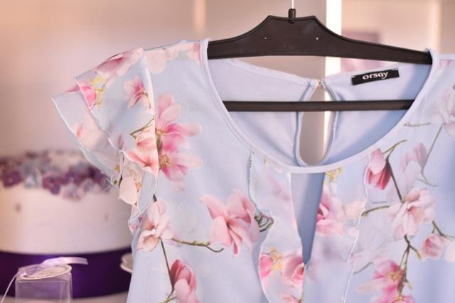 kvetinovy top s volanmi Orsay