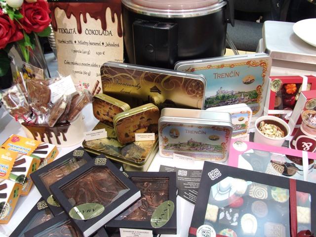 ozdobné plechovky na čokoládu