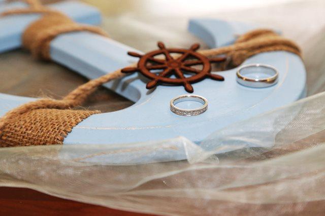 svadba pri mori vyzdoba