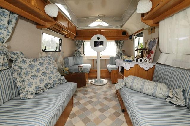 foto budka karavan na svadbu