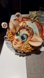 Ela a jej kľúče k zázrakom - torta