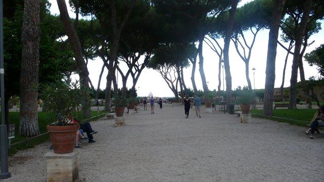 Rim, Pomarancovnikovy sad, svadobne fotenie