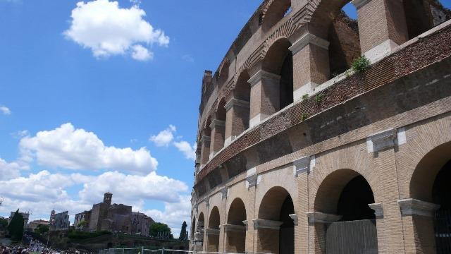 Svadba v Rime, Koloseum 1