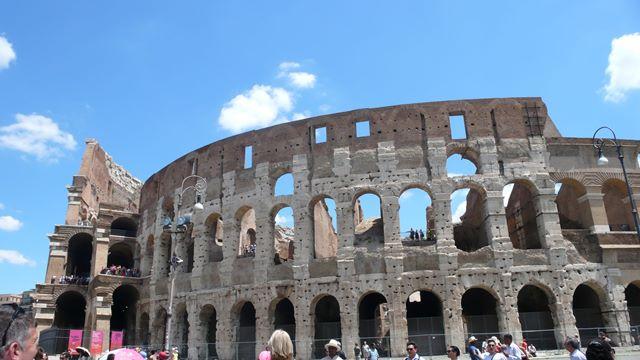 Svadba v Rime, Koloseum 2