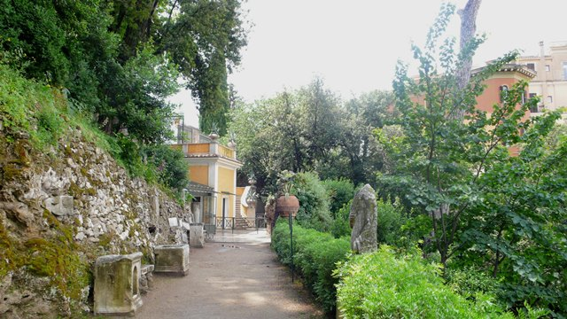 svadba v Tivoli, Rim, parky 2