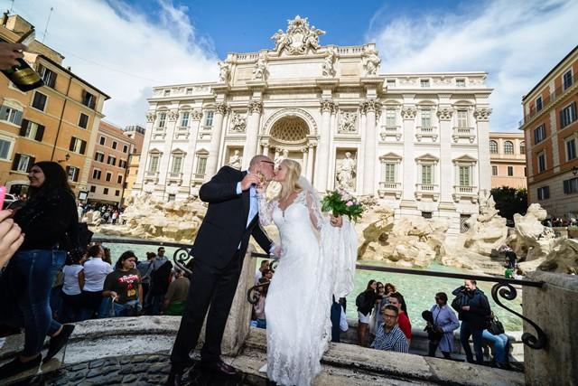 Fontana di Trevi, Rim, svadby impuls (1)