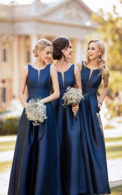 druzicky farba roka_2020_pantone_classic_blue_damigelle_4_Essense_of_Australia