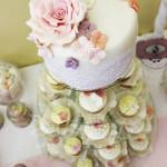 cup_cake_tower_vintage