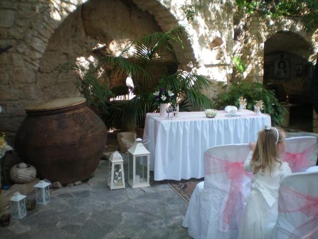 cyprus_svadba_v_zahrade