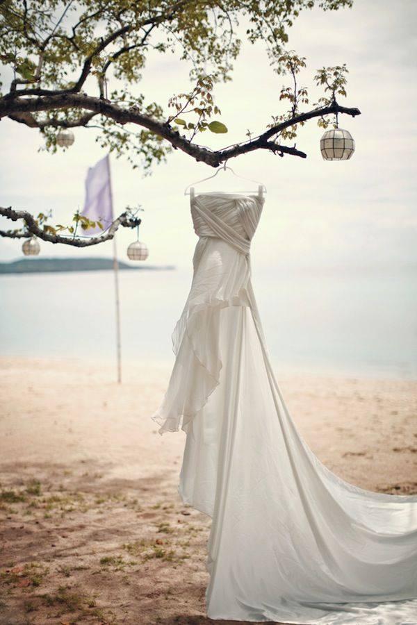 58b320cec31b Čo zbaliť na svadbu na pláži  - Družička