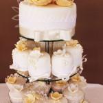 svadobna_cup_cake_tower_zlata