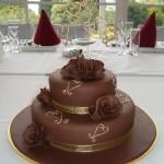 svadobna_torta_cokoladova_tmava