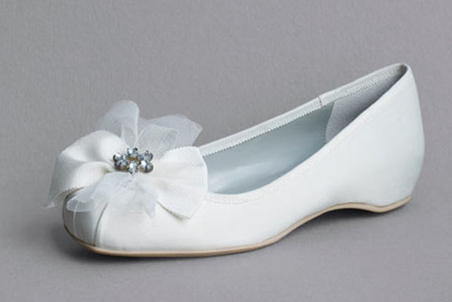 svadobne_balerinky_vera-wang-white_bridalguide.com