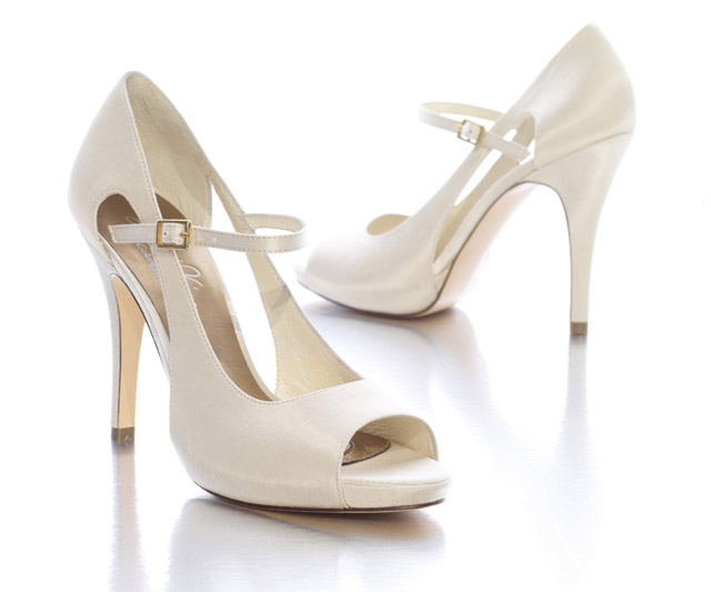 c029526e78ae 5 tipov ako sa starať o svadobné topánky - Družička